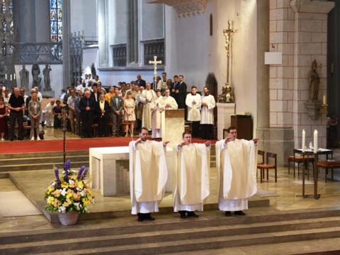 Priesterweihe im Augsburger Dom