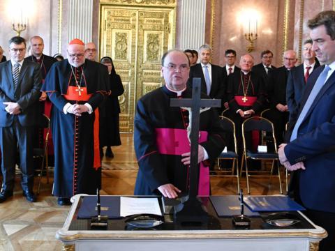Vereidigung des ernannten Bischof von Augsburg, Prälat Dr. Bertram Meier (Foto Nicolas Schnall_pba) 1