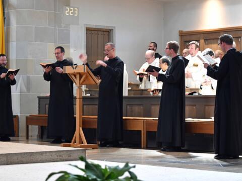 02 Priesterweihe von Michael Bäumler OSB in St. Ottilien (Foto Nicolas Schnall_pba)