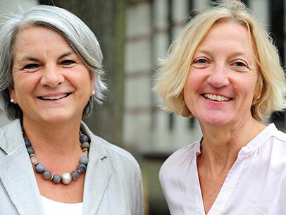 Eleonore Wolf (links) und Cornelia Hoffmann. (Foto: Maria Steber)