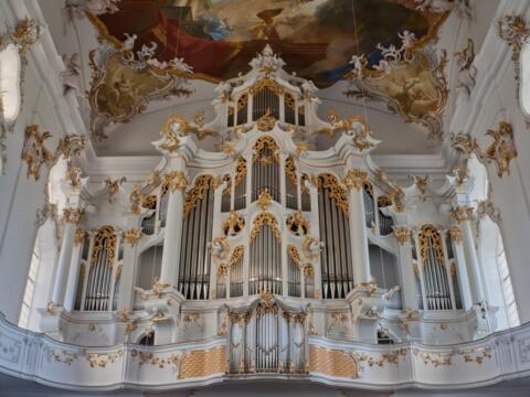 """""""Große Roggenburgerin"""" - Orgel der Klosterkirche """"Mariä Himmelfahrt"""" in Roggenburg"""