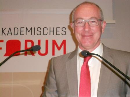 Prof. Dr. Thomas Weißer, Universität Bamberg