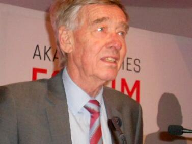 Prof. DDDr. Hanns Hatt, Universität Bochum
