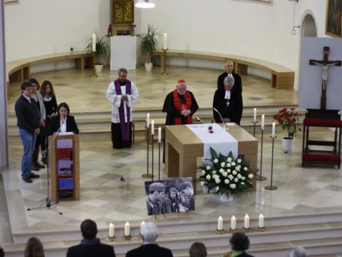 Ökumenischer Gedenkgottesdienst am 22.02.2013 in der JVA München Stadelheim mit Kardinal Marx und Landesbischof Bedford-Strohm