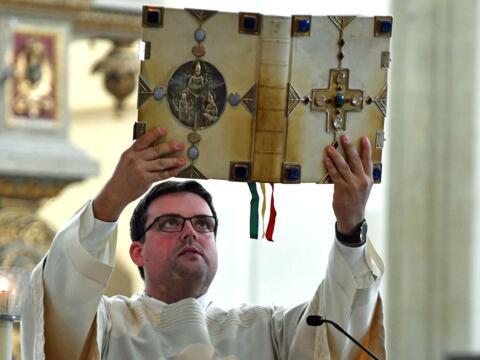 Der Diakon beim Verkünden des Wortes Gottes. (Archivfoto: Nicolas Schnall / pba)