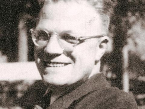 Alfred Delp um 1940, aus: Vera Schauber, Hanns M. Schindler, Bildlexikon der Heiligen, 1999. Mit freundlicher Genehmigung der Autoren