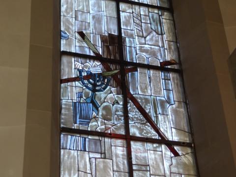 121126 Chorfenster neu - Edith Stein 004
