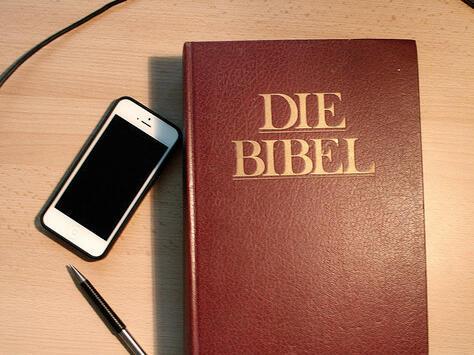 ArneHenning- Bibel