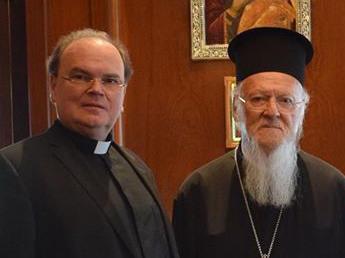 Bischof Bertram zusammen mit Patriarch Bartholomäus bei einem Treffen in Istanbul 2017 (Foto: ACK Bayern)