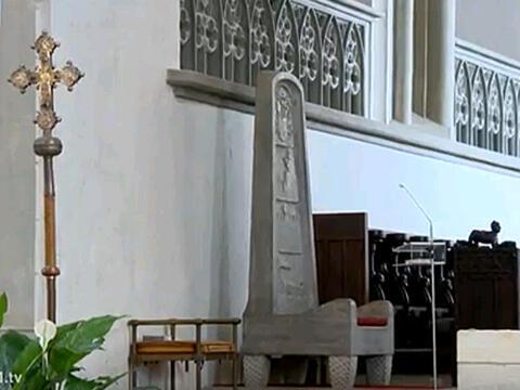 Mit dem Bischofsrücktritt ist die Kathedra im Hohen Dom vakant