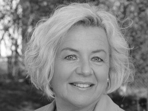 + Christine Neugebauer (Foto: Helmut Riegel / Foto Morgana)