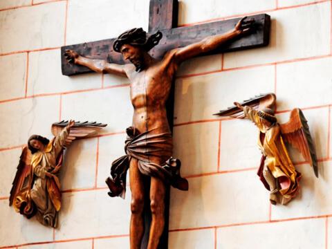 Kruzifix im Hohen Dom zu Augsburg (Foto: Nicolas Schnall / pba)