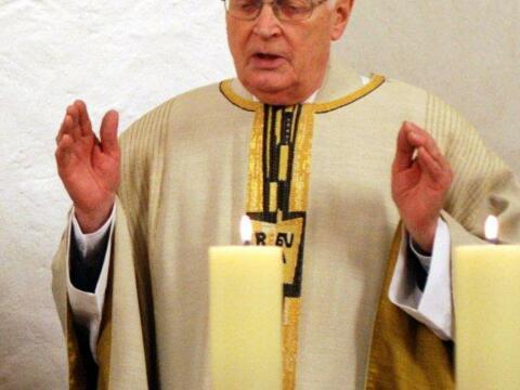 Msgr.Josef Philipp seit 1.10.1964 Pfarrer in Ziertheim