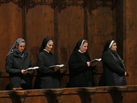 Ordensfrauen im Augsburger Dom (Symbolfoto: Julian Schmidt / pba)