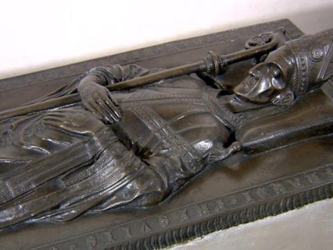 Porträtgalerie und Gräber der Augsburger Bischöfe