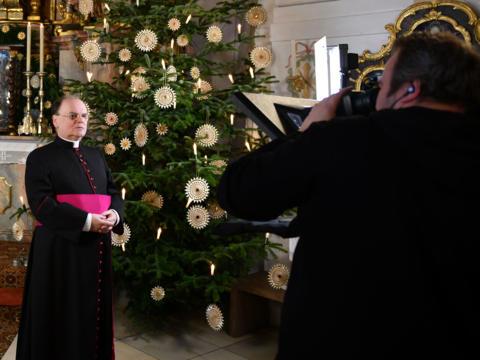 Diözesanadministrator Prälat Dr. Bertram Meier bei der Weihnachtsansprache in der Marienkapelle des Hohen Doms (Foto: Julian Schmidt / pba)