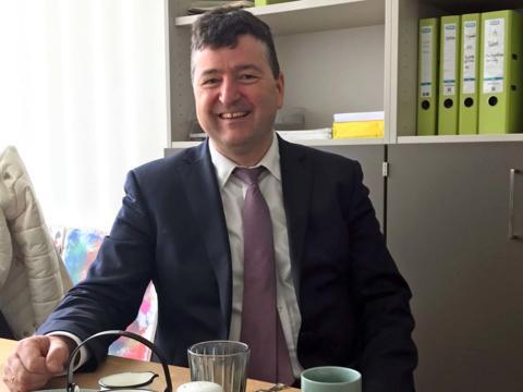 Dr. Stefan Kiefer wechselt als Syndikusanwalt zur CAB Augsburg (Foto: Caritas Augsburg / Jochen Mack).