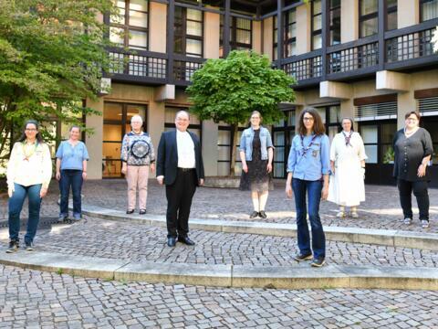 """Bischof Dr. Bertram Meier hat Vertreterinnen der Initiative """"Maria 2.0"""" zu einem persönlichen Gedankenaustausch empfangen (Foto: Maria Steber / pba)."""