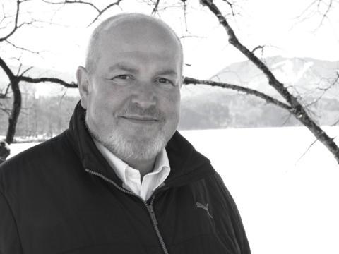 + Dekan Robert Walter (Foto Daniel Jäckel / pba).