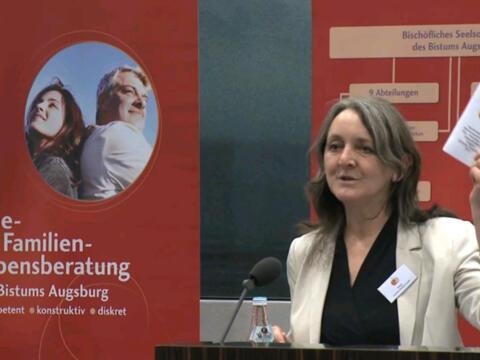 Film-Porträt über Helga Kramer-Niederhauser, Leiterin der Ehe-, Familien- und Lebensberatung
