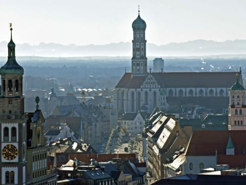 Augsburg friedlich von oben. (Foto: Nicolas Schnall / pba)