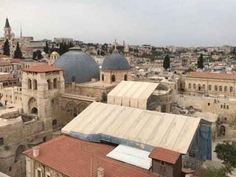 Die Grabeskirche in der Altstadt von Jerusalem, seit Jahrzehnten Baustelle. (Foto: Karl-Georg Michel/pba)