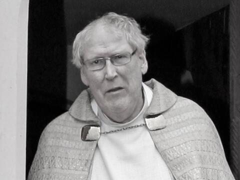 + Pfarrer Willi Milz. (Foto: Johann Schwaiger)