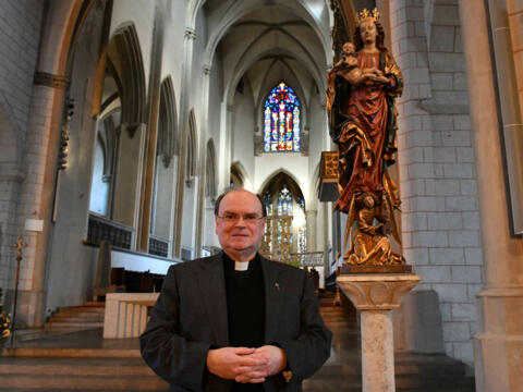 Bischof Bertram möchte den Gläubigen das Weihegebet besonders ans Herz legen. (Foto: Daniel Jäckel / pba)