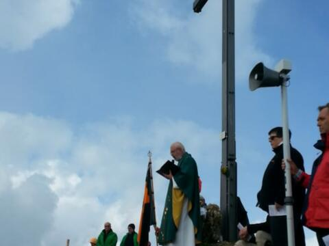 Pfarrer Johannes Netzer feierte am 26.8.18 die Traditionsbergmesse der Kolpingfamilie auf dem Seelekopf.