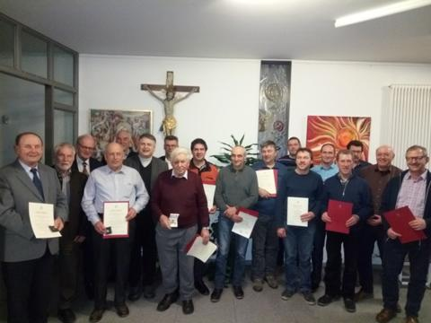 Ehrungen für Kirchenverwaltungsmitglieder und Kirchenpfleger in der Pfarreiengemeinschaft Mindelheim