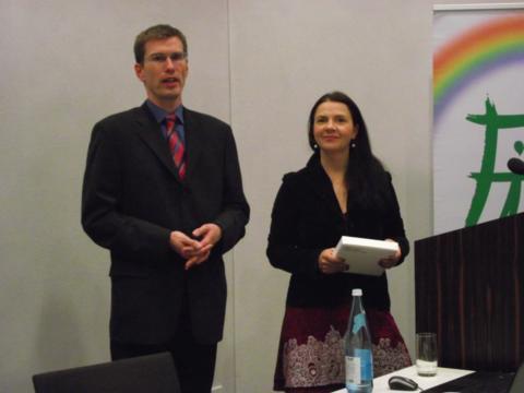 Der neue Vorsitzende Pavel Jerabek und die Referentin Birgit Kelle