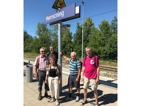Ankunft am Bahnhof Herrsching