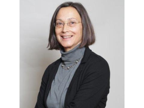 Frau Dr. Fuchs