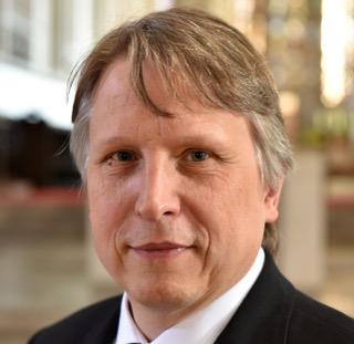 Akademikerseelsorger und Bistumshistoriker: Domkapitular Dr. Thomas Groll. (Foto: Nicolas Schnall / pba)