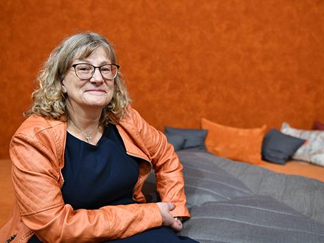 """Die Leiterin des """"Divano"""" Christine Schmitz freut sich auf viele Begegnungen und Gespräche. (Fotos: Julian Schmidt / pba)."""