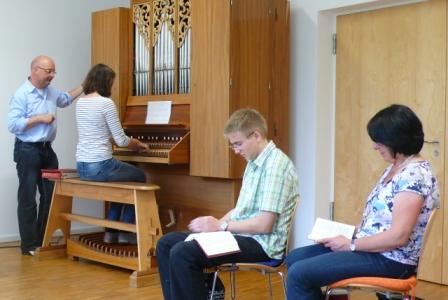Orgelunterricht mit Pater Stefan Kling