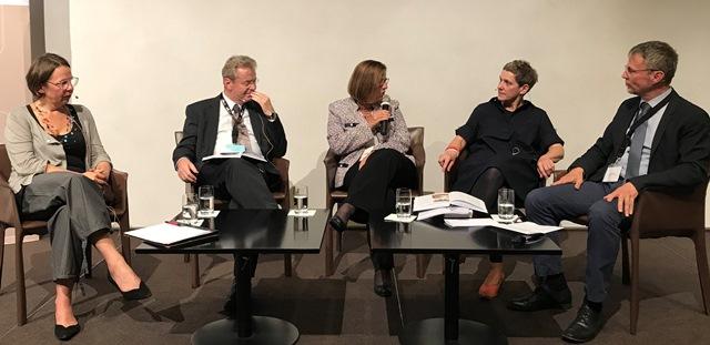 Ilse Müllner, Franz Sedlmeier, Gerda Riedel, Felicitas Hoppe, Egbert Ballhorn (v. li.)