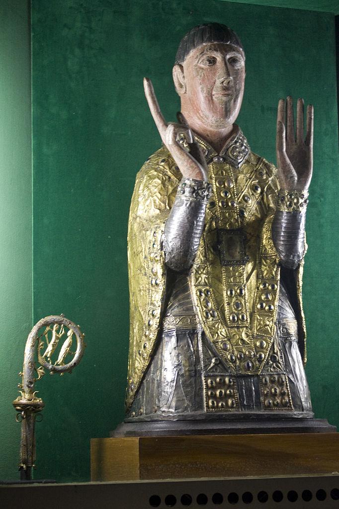 Reliquienbüste, 7. Jahrhundert, Abteikirche Saint-Césaire, Maurs (Cantal). Foto: Daniel Villafruela (CC BY-SA 3.0)