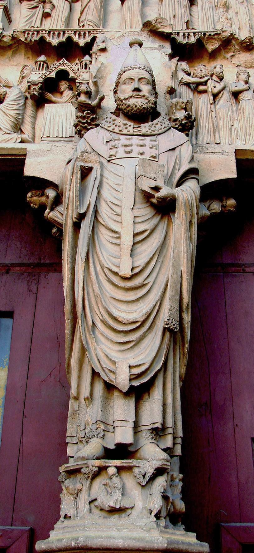 Statue an der Kathedrale von Reims, um 1225