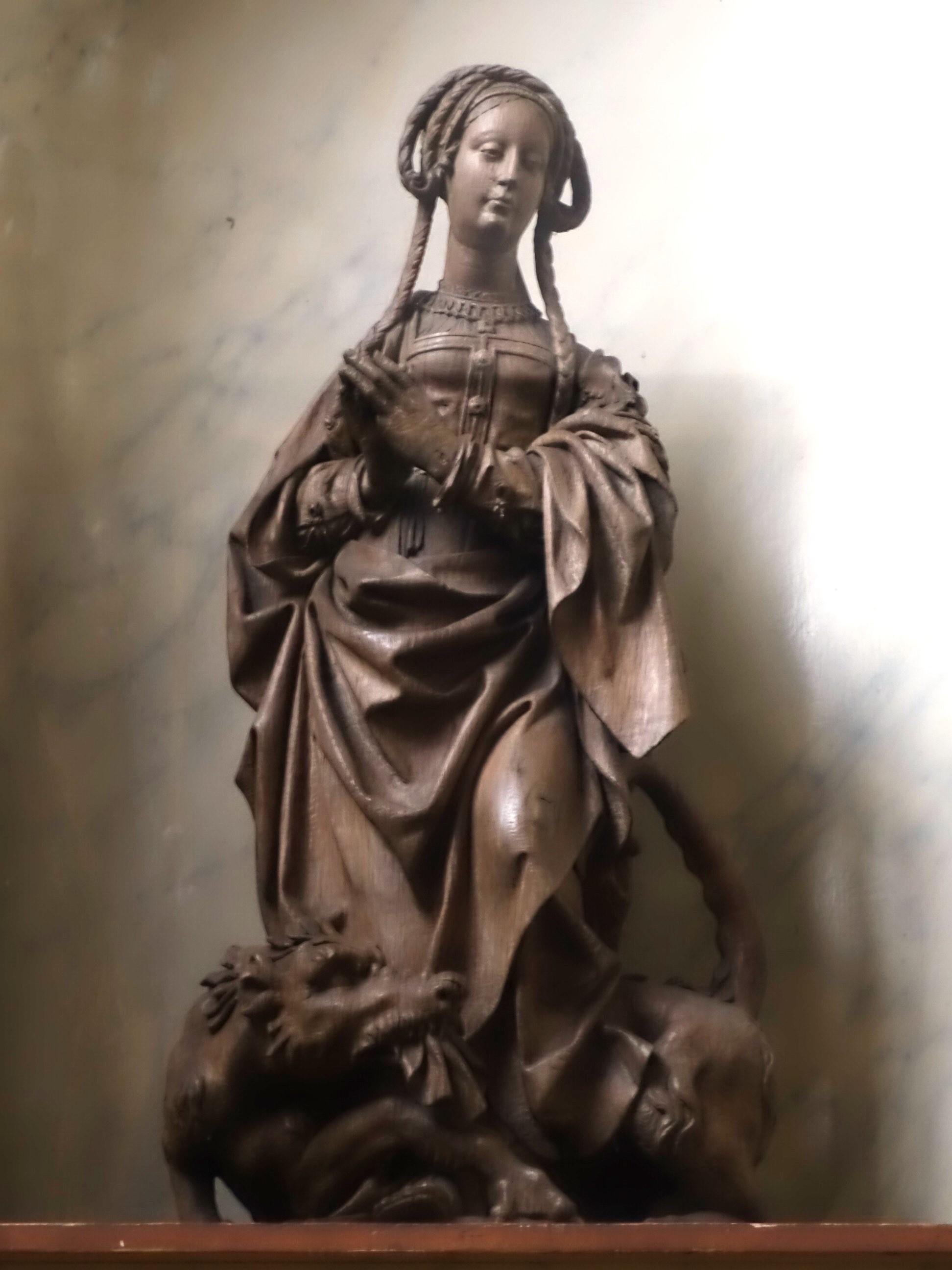 Hölzerne Margaretenstatue, um 1520, Église Notre-Dame-de-la-Chapelle, Brüssel