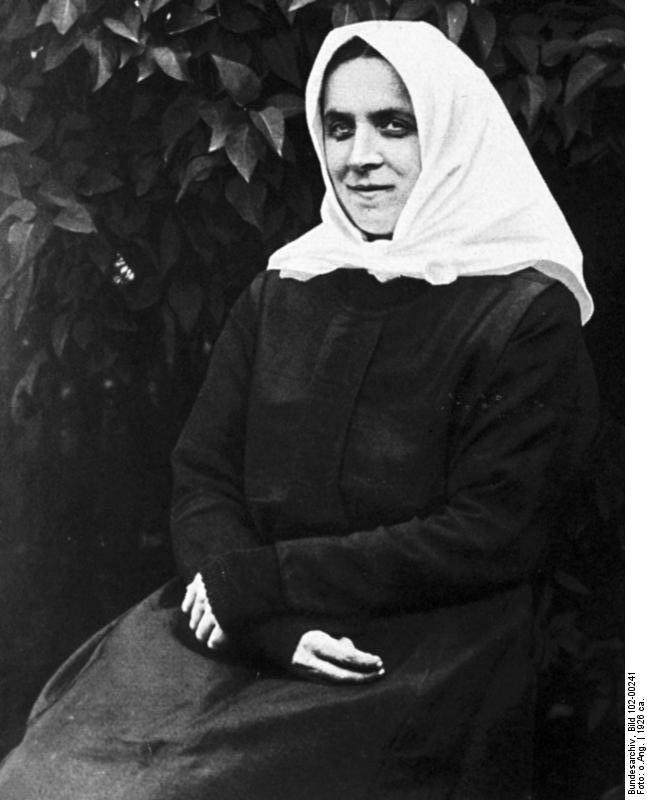 Foto (1926): Bundesarchiv, Bild 102-00241/Ferdinand Neumann (CC-BY-SA 3.0)