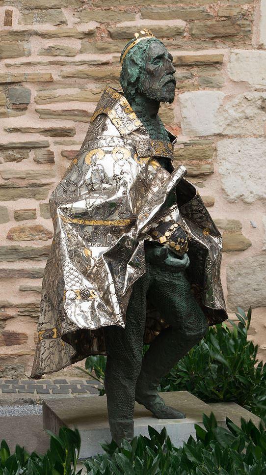 Statue von Imre Varga am Aachener Dom, 1993