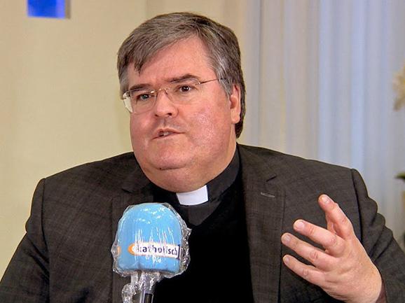 Der Ständige Vertreter des Apostolischen Administrators Msgr. Harald Heinrich im Interview (Bild: katholisch1.tv)