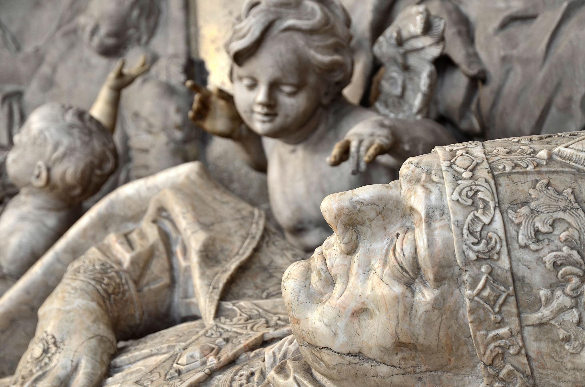 Grablege des hl. Simpert in der Ulrichsbasilika (Foto: Nicolas Schnall / pba)