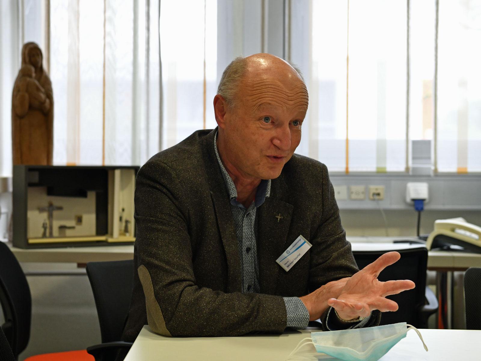 Interview mit dem neuen Leiter der Kranken- Krankenhauspastoral im Bistum Augsburg Michael Saurler (Foto: Julian Schmidt / pba)