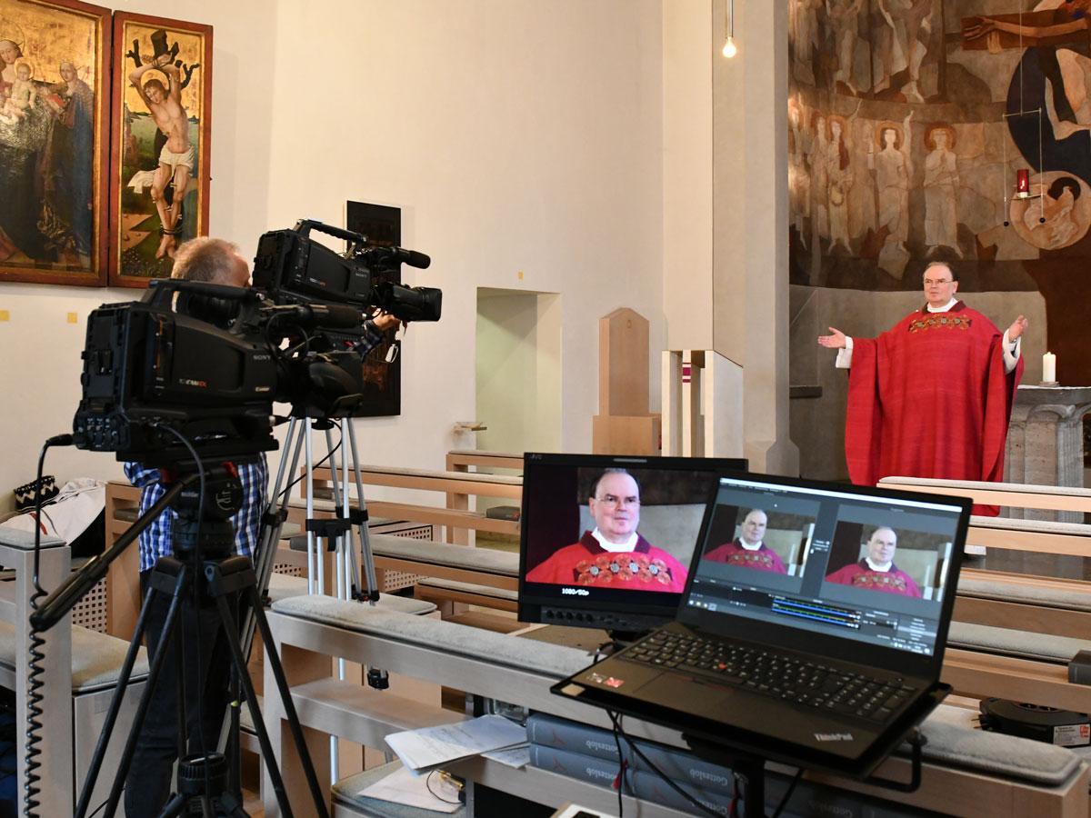 Live-Gottesdienste mit dem ernannten Bischof von Augsburg (Foto: Daniel Jäckel / pba)