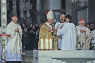 Am 3. Mai 1987 feierte Papst Johannes Paul II. die Messe im Augsburger Dom.