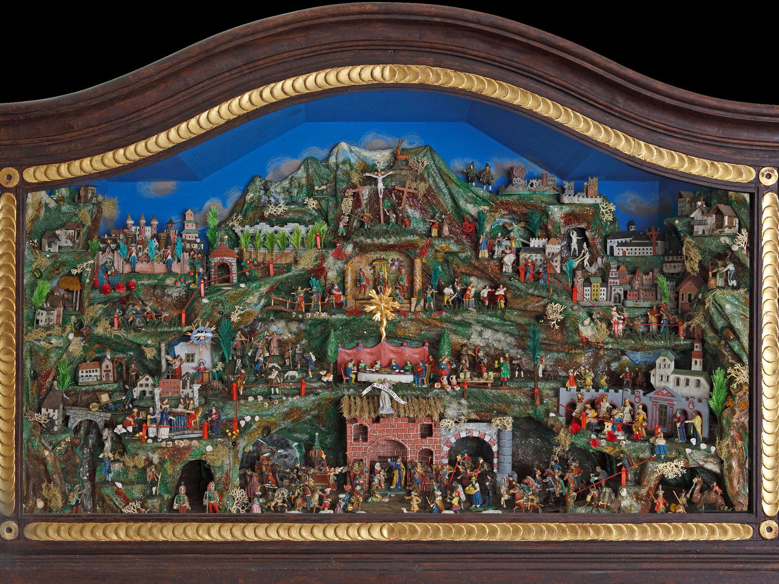 Die Tiroler Simultankrippe entstand um das Jahr 1800 herum und kann von 1. Dezember bis 2. Februar im Diözesanmuseum St. Afra in Augsburg bestaunt werden (Foto: Norbert Liesz)
