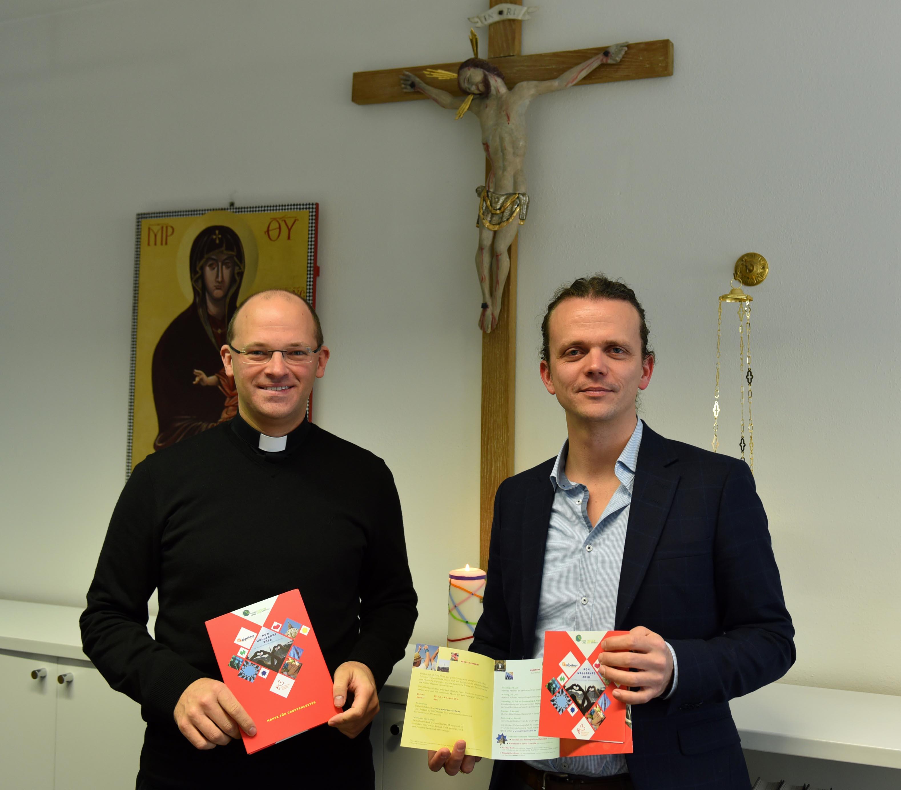 Diözesanjugendpfarrer Dr. Florian Markter und Thomas Kohler, Referent für Ministrantenpastoral, organisieren und betreuen die Romwallfahrt. (Foto: Simone Zwikirsch / pba)