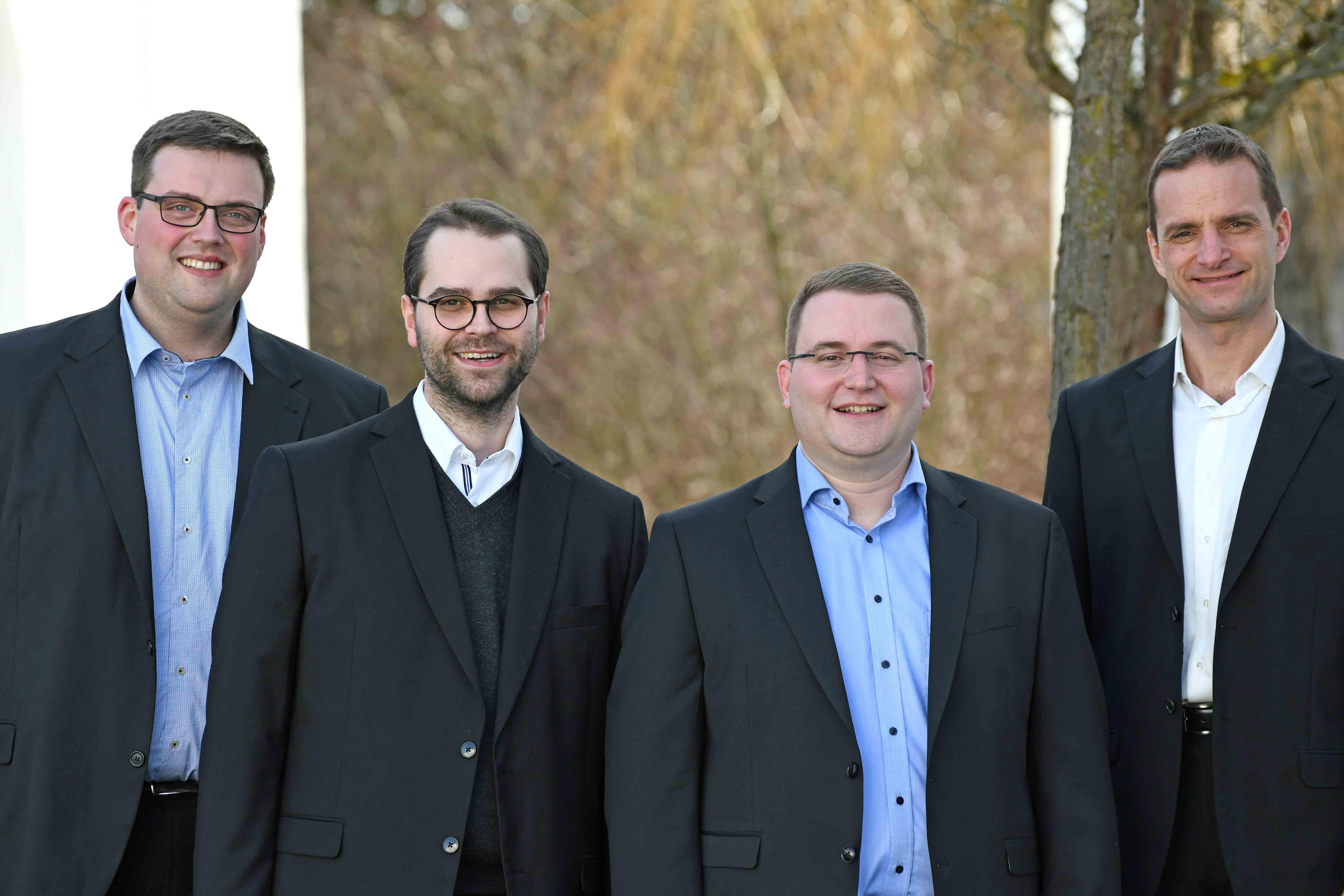 Sie empfangen am 5. Mai ihre Diakonenweihe: (v.l.) Florian Stadlmayr, Dominik Loy, Dominic Ehehalt und Marco Leonhart (Foto: Nicolas Schnall / pba).